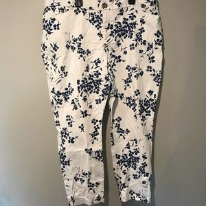 White and blue patterned Gap capris